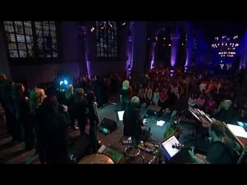 Oslo Gospel Choir - We Lift Our Hands Parts One 4